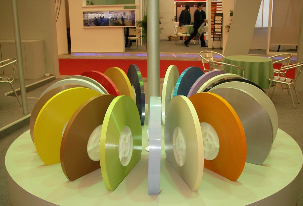 Colored aluminum strip